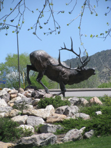 Rifle-elk-statue