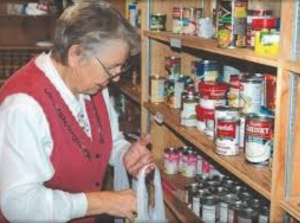 The Bruce Dixson Fund supports Lift Up's Food Pantry, one of several programs of the organization that serves over 13,500 clients a year by providing food, shelter and transportation to medical appointments.